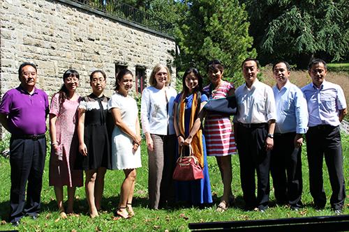 Passage à Lausanne d'une délégation de l'Association du peuple du Sichuan pour l'amitié avec l'étranger (SIFA)