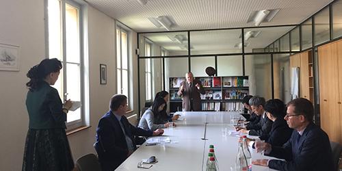 Une délégation de l'Assemblée provinciale du Jiangsu reçue à Agrilogie Grange-Verney